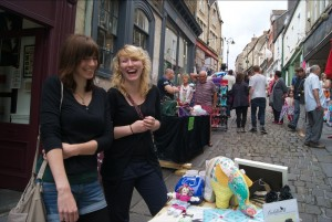 The Frome Independent Suitcase Sale