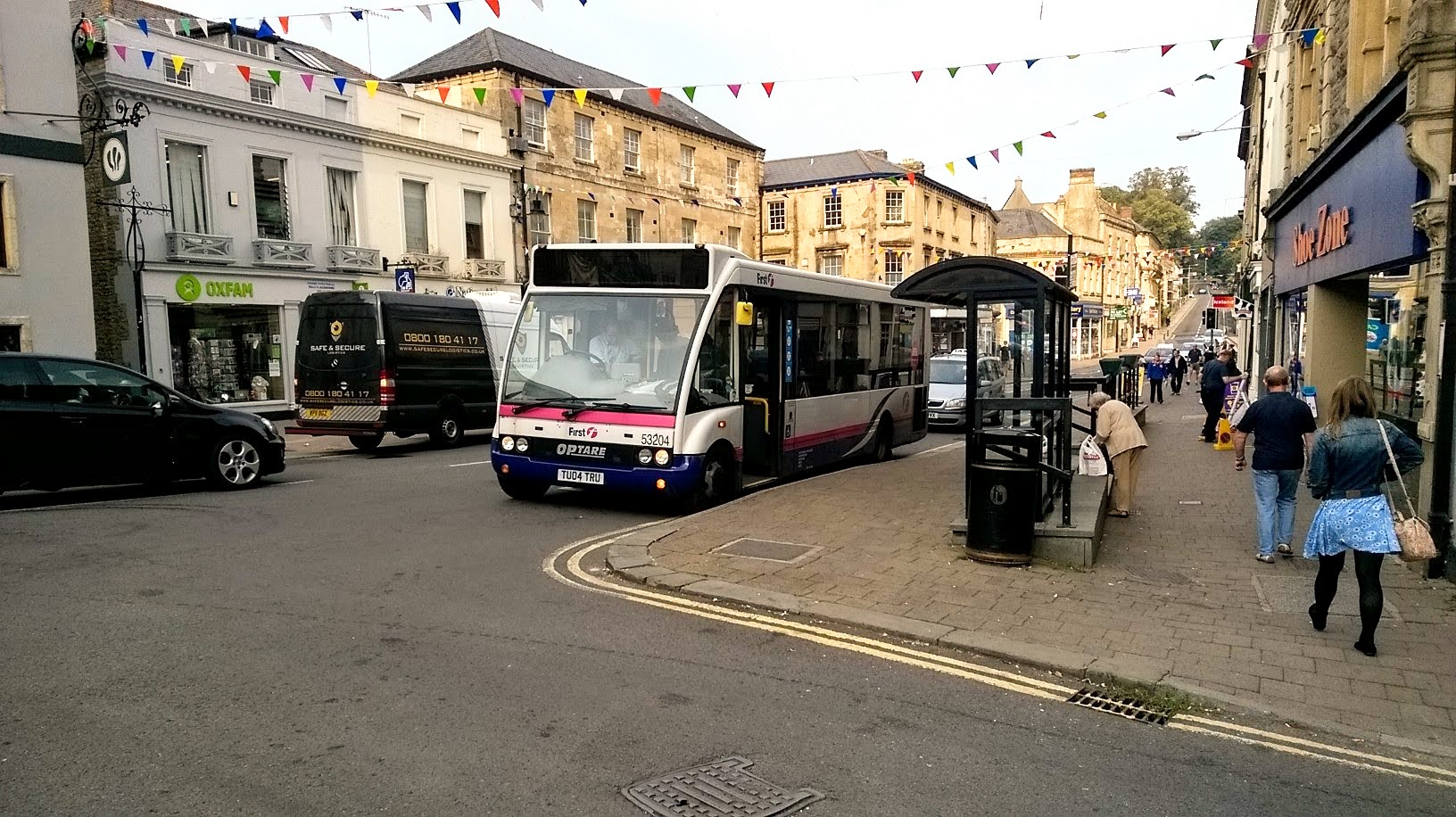 To see how much public transport is available in Frome, look no further than the always busy Market Place Bus Station in the town centre