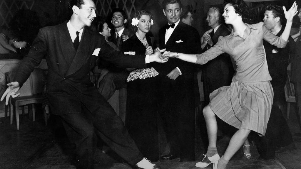 Learn boogie woogie dance steps
